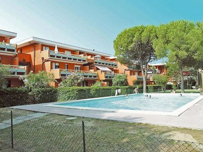 Photo for Holiday apartment with shared swimming pool