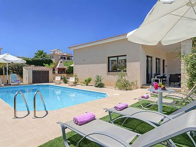 Photo for Villa Sea Side - includes a Private pool, WI-FI & a pool table