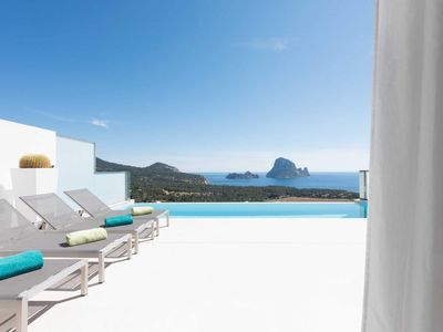 Photo for 3BR Apartment Vacation Rental in Illes Balears