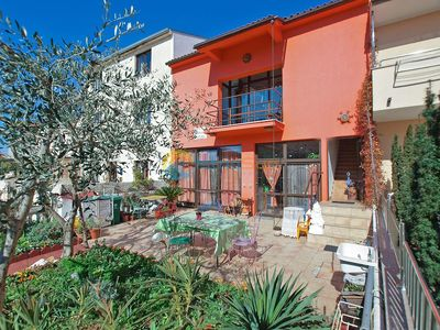 Photo for Apartment 1571/16069 (Istria - Pula), Budget accommodation, 1500m from the beach