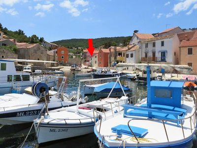 Photo for One bedroom apartment with terrace and sea view Veli Lošinj (Lošinj)