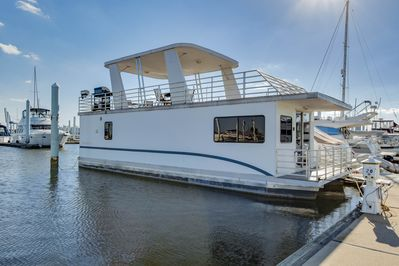 Spacious Houseboat in Downtown Baltimore - Canton