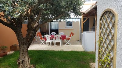 Photo for HOLIDAY HOUSE (80m²) with terrace and garden.
