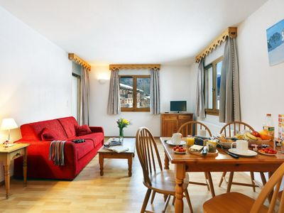 Photo for Surface area : about 27 m². Living room with bed-settee. Cabin with 2 bunk beds
