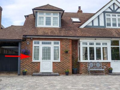 Photo for THE ANNEX, with a garden in Rustington, Ref 10693