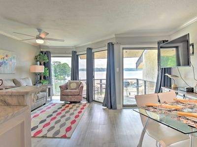 Photo for NEW-Lakefront Condo w/Dock, 7 Mi to Hot Springs NP