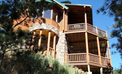 Photo for Luxurious Log Home Near Estes Park & Rocky Mountain Nat'l Park