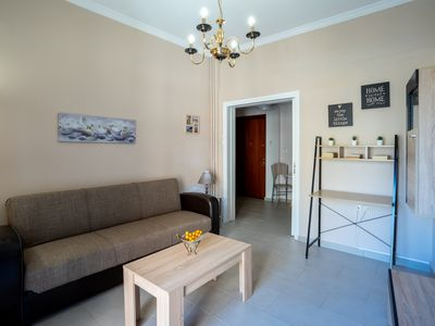Photo for Charming fully-equipped apt, 5 min walk from metro