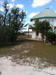 Honeymoon Villa in Secluded Whale Point