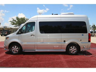 Photo for 2018 MERCEDEZ AIRSTREAM INTERSTATE