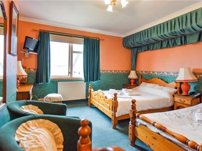 Photo for Great room for 3 + Full breakfast near Lerwick & Scalloway