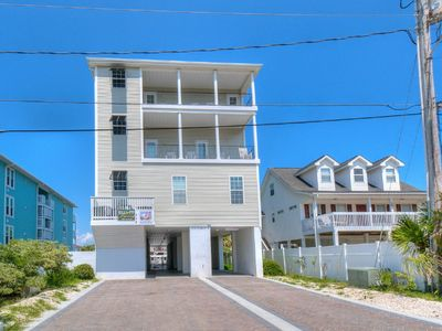 Carolina Tradewinds North - Luxury Cherry Grove Beach House with Game Room and Pool, Just Blocks From Beach