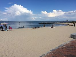 Photo for 2BR Cottage Vacation Rental in Yorktown, Virginia