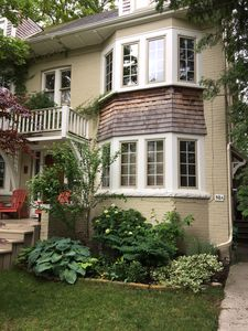 Photo for Charming Rosedale home in quiet neighbourhood close to everything.