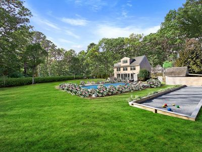 Photo for Casual chic Bridgehampton home w/ pool near everything!