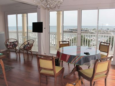 Photo for APARTMENT T2, facing the Marina and direct access beach