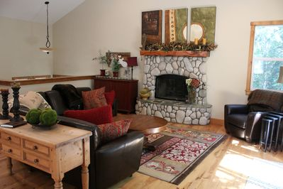 Main Level Living Room - Curl up with a book by the fire.