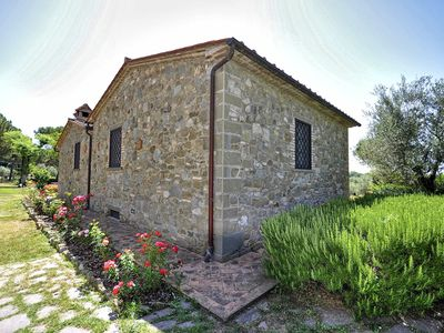 Photo for Casa Fiordaliso is a nice apartment close to Lake trasimeno, in a family farm house with shraring po