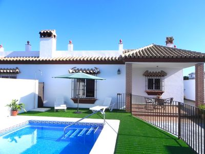 Photo for Cute house for 4 persons with private pool, Wifi and air condition in quiet surroundings – only some 600m from Conil, with free WiFi