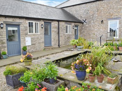 Photo for 1 bedroom accommodation in Cold Kirby, near Thirsk
