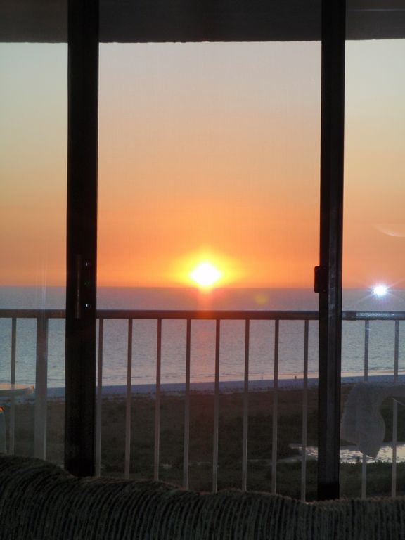 New listing updated 15th floor beachfront vrbo for 15th floor on 100 floors