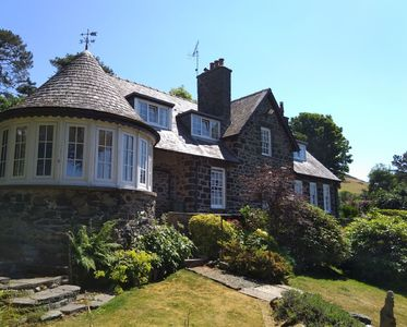 Photo for Stunning Renovated Country House with fabulous Sea Views in Llwyngwril Snowdonia