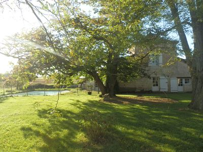 Photo for Charming little 18th Perigord house with pool: peaceful country