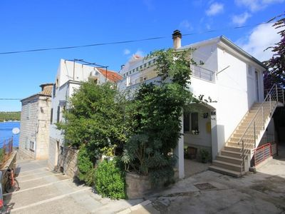 Photo for Two bedroom apartment near beach Vis (A-2459-b)