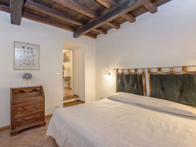 Photo for Apartment Trastevere in Roma: Centro Storico - 4 persons, 2 bedrooms