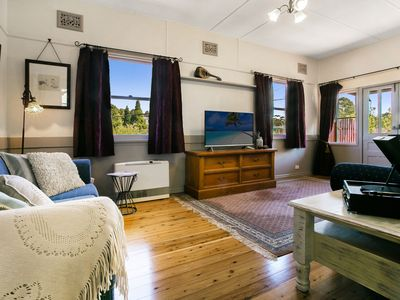 Photo for CARINYA COTTAGE - Blue Mountains Getaway at Katoomba