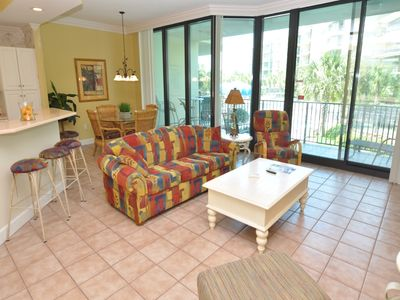 Photo for 2 BR 2 BA Condo 1127 @ Phoenix On The Bay!