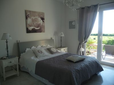 Photo for Flat T3 in luxurious residence with swimming pool and direct access to the sea