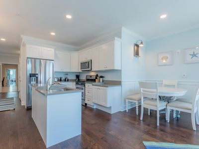 Photo for Charming ~ 3 BR / 3 BA Bay Block Luxury Condo