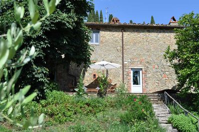 Podere La Rota is a blissful cottage for 2 surrounded by olive grove