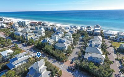 Shore-Nuff - Seagrove beach home with 2 living areas community pool, 3 bikes