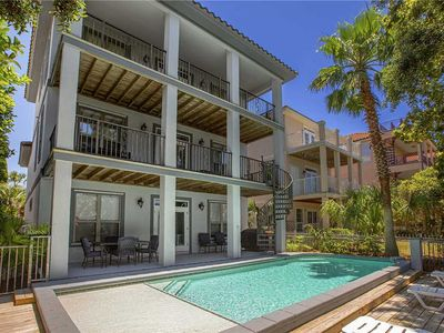 Photo for Sea-Viche - Game Room, Heated Private Pool, Community Pool, Tennis & Volleyball!