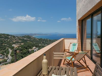 Photo for 2 bedroom apartment in Begur center. Sea views, terrace and pool (Ref:H09)