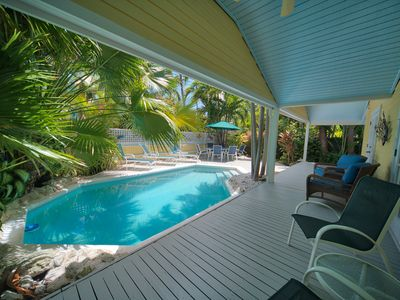 South Street Cottage: Bright & sunny in the Casa Marina district