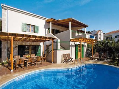 Photo for Spacious modern villa w/ pool and patio access to mainland via ferry