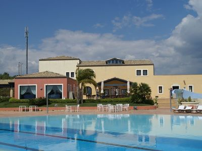 Photo for Apartment in Scicli with Internet, Pool, Air conditioning, Terrace (348310)