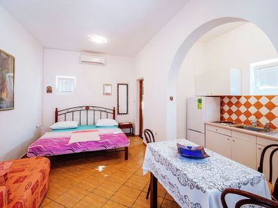 Photo for Ground floor studio, private terrace, 200 meters from the beach, free Wi - Fi