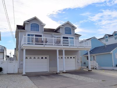 Photo for Five bedroom, 3 bath townhome that sleeps 12