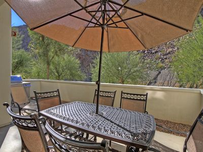 Photo for Beautiful Townhouse with mountain views & a private garage LQ164