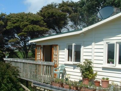 Photo for Kent Homestay  - Peaceful, secluded apartment with water views.  Close to town.