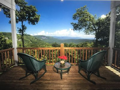 Photo for Beautiful Mountain home in Lake Toxaway Estates