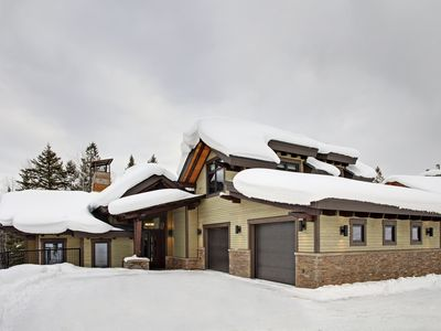 Photo for Brand new modern ski home, top of the line finishing, the ultimate cooks kitchen