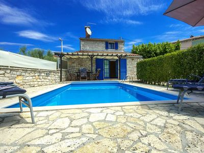 Photo for Holiday house with pool near Poreč, bicycles on disposal, Istria