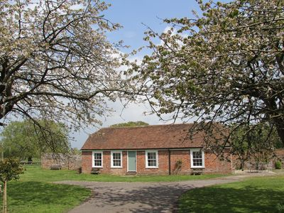 Photo for Lovely rural cottage close to Camber Sands,Dungeness,Rye. Family & pet friendly