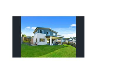 Photo for 4BR House Vacation Rental in Oxenford, QLD