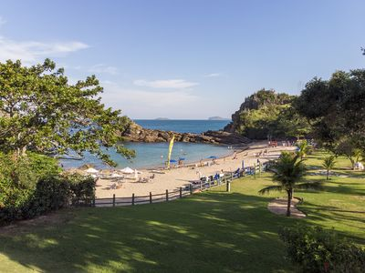 Photo for Beautiful house with six suites, facing the beach Ferradurinha